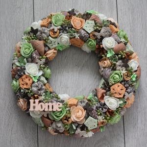 Ajtókoszorú, ajtókopogtató barackvirág és zöld színű virágokkal, Otthon & Lakás, Dekoráció, Ajtódísz & Kopogtató, Mindenmás, Virágkötés, Meska