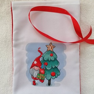 Egyedi Mikulászsák, Karácsony & Mikulás, Mikulás, Varrás, Egyedi Mikulászsákot készitettem.\nAnyaga polár,s panamaszövet,mosható\nMérete: 20×30cm\nMegkötése piro..., Meska