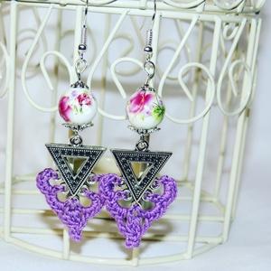 Porcelán gyöngy, lila fonal, ezüst színű kiegészítő - maga a tavasz - ékszer - fülbevaló - lógó fülbevaló - Meska.hu
