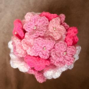 Egy csokor virág - ami sosem hervad el, Lakberendezés, Otthon & lakás, Dekoráció, Csokor, Szerelmeseknek, Ünnepi dekoráció, Anyák napja, Horgolás, Horgolt  virágcsokor - 35 szál\n\nTökéletes meglepetés anyák napjára, valentin napra, névnapra - ha Te..., Meska