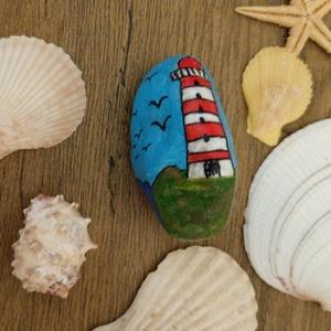 Világítótorony, Otthon & Lakás, Dekoráció, Kavics & Kő, Festett tárgyak, Tengeri hangulat egy kavicson :) a márványkavics természetes formájában illeszkedik ez a jellegzetes..., Meska
