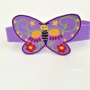 Lila pillangó fejpánt, Maszk, Arcmaszk, Hímzés, Varrás, Saját tervezésű filcből készült fejpánt. \nHátul tépőzárral van ellátva így mérete állítható. \nAlkalm..., Meska