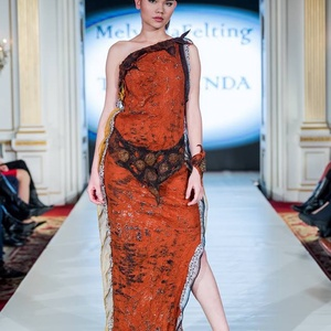 Rozsda -narancs nunonemez hosszú ruha, Ruha, divat, cipő, Női ruha, Estélyi ruha, Nemezelés, Őszi kollekcióm egyik legszebb darabja,amit a BFW mutattam be,nagy sikerrel. A ruha viszkóz és extr..., Meska