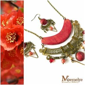 Birs piros ékszerszett, Ékszer, Ékszerszett, Famegmunkálás, Ékszerkészítés, A japánbirs - az egyik legmutatósabb tavasszal virágzó cserje - vibrálóan piros virágai ihlették ezt..., Meska