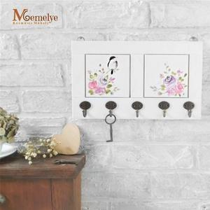 Fali kulcstartó, rózsa, Otthon & lakás, Lakberendezés, Kézzel festett akvarell rózsákkal és kedves madárkával díszített fali kulcstartó, kulcsakasztó.  Ter..., Meska