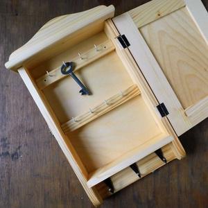Kulcstartó szekrény, kulcsos szekrény, napraforgó - Meska.hu