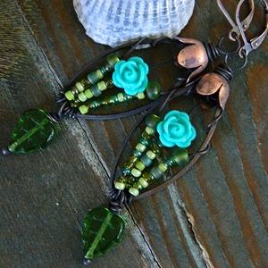 Tündérrózsák - virágmintás fülbevaló, türkiz zöld fülbevaló, tavaszi fülbevaló, rusztikus fülbevaló, vörösréz fülbevaló, Ékszer, Lógó csepp fülbevaló, Fülbevaló, Ékszerkészítés, Meska