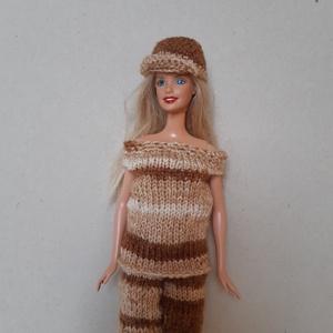 Barbie baba ruhaszett, Játék & Gyerek, Baba & babaház, Babaruha, babakellék, Kötés, 100% akril fonalból kötöttem, barna színátmenetes színű. A ruhához sapka és kézitáska tartozik, ami ..., Meska