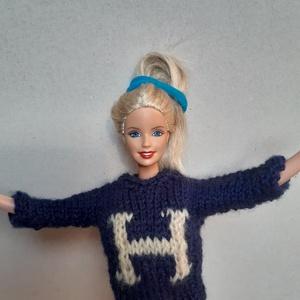 Harry Potter iskolás pulóvere, Babaruha, babakellék, Baba & babaház, Játék & Gyerek, Kötés, 100% akril fonalból kötöttem Harry kék színű pulóverét. A H betű halványsárga színű.\n\nSzemélyesen Mi..., Meska