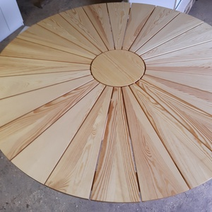 fa kerek asztal, Otthon & Lakás, Bútor, Asztal, Famegmunkálás, Tömör borovi fenyő asztal kb.  160x75 cm (átmérő x magasság). 6-8 személy kényelmesen helyet tud fog..., Meska