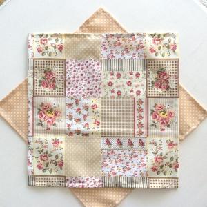 Női, bézs virágos, patchwork mintás zsebkendő szett (Mesedoboz) - Meska.hu