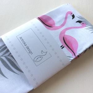 Flamingó mintás, női zsebkendő vagy szalvéta szett, Gyerek & játék, Táska, Divat & Szépség, Baba-mama kellék, Szépség(ápolás), Egészségmegőrzés, Flamingó mintás pamut textilből készültek ezek a zsebkendők vagy szalvéták. 40 fokon mosható, vasalh..., Meska
