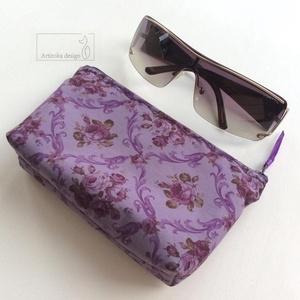 Romantikus, lila rózsás szemüvegtok, neszesszer - Artiroka design , Táska, Divat & Szépség, NoWaste, Táska, Neszesszer, Prémium minőségű, lila rózsás pamut textilből készült ez a mobiltok vagy szemüveg tartó neszesszer. ..., Meska