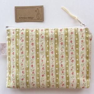 Romantikus rózsás irattartó pénztárca (Mesedoboz) - Meska.hu