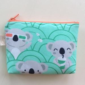Panda maci a moziban mintás, türkiz zöld színű irattartó,  pénztárca - Húsvétra (Mesedoboz) - Meska.hu