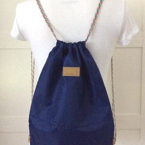 Kis herceg mintás gymbag hátizsák, belső zsebekkel, kulcstartó pánttal  - Artiroka design - 511 (Mesedoboz) - Meska.hu