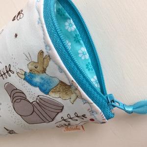 Nyuszis mobiltok Beatrix Potter designer textilből - Artiroka design (Mesedoboz) - Meska.hu