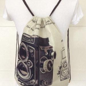 Retro fényképezőgép mintás gymbag hátizsák - Artiroka design - kiránduláshoz, edzéshez, világjáráshoz (Mesedoboz) - Meska.hu