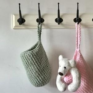 Egyedi olajzöld színű, horgolt füles kosár, gyerekszobába, fürdőszobába - Artiroka design (Mesedoboz) - Meska.hu