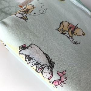 Micimackó, Füles és Malacka mintás, pasztell zöld színű irattartó pénztárca, neszesszer - Winnie de Pooh  (Mesedoboz) - Meska.hu