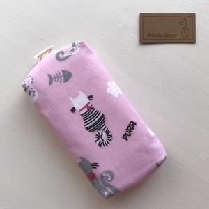 Cica mintás bélelt papírzsebkendő tartó - rózsaszín - Artiroka design, Táska, Divat & Szépség, Táska, Pénztárca, tok, tárca, Zsebkendőtartó, Varrás, Pamut textilből készült ez a cica mintás papírzsebkendő tartó. Bélése hozzá illő pamut textil. Bolto..., Meska