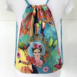 Frida Kahlo VÍZLEPERGETŐS gymbag hátizsák, tornazsák edzésre, úszáshoz, kiránduláshoz - Artiroka design, Táska, Divat & Szépség, Táska, Hátizsák, NoWaste, Bevásárló zsákok, zacskók , Varrás, Patchwork, foltvarrás, Frida Kahlo színes gymbag hátizsák készült vastag, kevert szálas prémium textilből. Hátoldala hozzái..., Meska