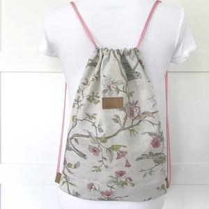 Csipkebogyó virágos, madárkás gymbag hátizsák - Artiroka design, Táska, Divat & Szépség, NoWaste, Táska, Hátizsák, Csipkebogyó virágos, madár mintás, lenvászon textilből készült ez a gymbag hátizsák. Belül két zseb ..., Meska