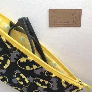 Batman mintás prémium pamut szemüvegtok, tolltartó vagy neszesszer - Artiroka design (Mesedoboz) - Meska.hu