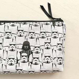 Star Wars - Darth Vader mintás neszesszer, tolltartó vagy szemüvegtok - Artiroka design, Táska & Tok, Neszesszer, Varrás, Star Wars - Darth Vader mintás  prémium pamut textilből készült ez a neszesszer vagy tolltartó. Bélé..., Meska