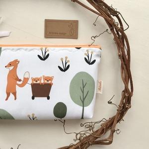 Róka Mama a kis rókákkal - neszesszer, tolltartó, szemüvegtok vagy irattartó prémium pamut textilből - Artiroka design - Meska.hu