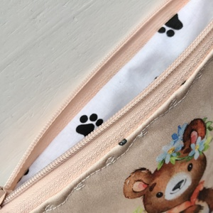Barack színű macis és őzikés prémium irattartó pénztárca, neszesszer  -  Artiroka design - Meska.hu