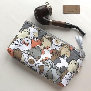 Vidám cica  neszesszer, tolltartó, szemüvegtok vagy irattartó  pamut textilből - Artiroka design (Mesedoboz) - Meska.hu