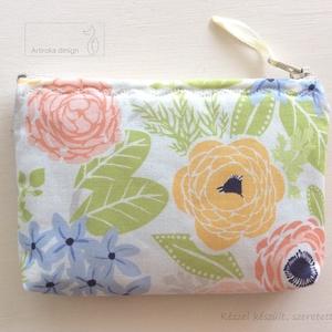 Virágos, pasztell színű pénztárca, irattartó, kozmetikai táska - Artiroka design  - Meska.hu