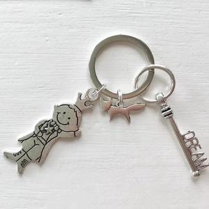 Exupery - A kis herceg és a róka - egyedi kulcstartó egy dream, azaz álom kulcs dísszel - Artiroka design, Táska & Tok, Kulcstartó & Táskadísz, Kulcstartó, Varrás, Patchwork, foltvarrás, Exupery, A kis herceg medálból és egy vintage dream, azaz álom kulcsból készült ez az egyedi kulcsta..., Meska