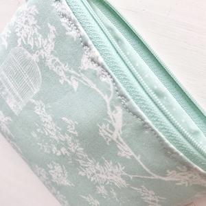 Csersznyefavirágos, kalitkás irattartó  pénztárca, csodálatos Tilda textilből - Artiroka design - Meska.hu