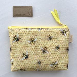 Szorgos méhek - méhecske mintás  irattartó,  pénztárca - Artirokadesign - Meska.hu