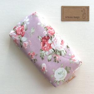 Púder rózsaszin, angol rózsa mintás,  bélelt papírzsebkendő tartó - Artiroka design, Táska & Tok, Pénztárca & Más tok, Zsebkendőtartó, Varrás, Prémium pamut textilből készült ez az angol rózsa mintás papírzsebkendő tartó. Bélése hozzá illő  pa..., Meska