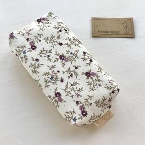 Virág mintás bélelt papírzsebkendő tartó - Artiroka design - táska & tok - pénztárca & más tok - zsebkendőtartó - Meska.hu