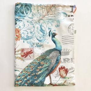 Kenyeres,  fehérnemű vagy strand zsák, páva madár mintával, lélegző PUL belsővel, nagy méretben - Artiroka design - Meska.hu