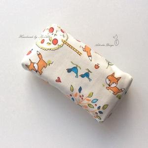 Rókás zsebkendő tartó  - Artiroka design, Otthon & Lakás, Tárolás & Rendszerezés, Zsebkendőtartó, Varrás, Prémium pamut textilből, pamut béléssel készült ezek a papírzsebkendő tartók. A   bélése is pamut te..., Meska