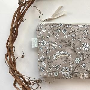 Natúr virág mintás irattartó pénztárca, kozmetikai táska - Artiroka design a Mesedobozból, Táska & Tok, Pénztárca & Más tok, Pénztárca, Varrás, Meska