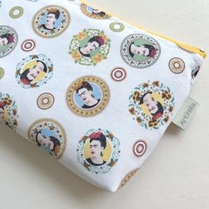Frida Kahlo mintás  neszesszer  - Zipper Bag - Artiroka design - Meska.hu