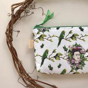 Frida Kahlo mintás irattartó pénztárca vagy neszesszer, szemüvegtok, tolltartó - Artiroka design, Táska & Tok, Pénztárca & Más tok, Pénztárca, Varrás, Meska