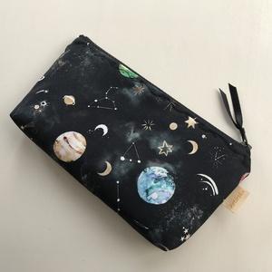 Világűr, bolygó és csillagképek mintás, neszesszer, tolltartó vagy szemüvegtok  - Artiroka design, Táska & Tok, Neszesszer, Varrás, Meska