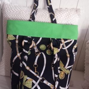 kék zöld mintás táska, Válltáska, Kézitáska & válltáska, Táska & Tok, Varrás, Mintás zöld és kék színekben harmonizáló táska, különlegessége a pántok  fa díszítése.Zárható..., Meska
