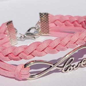 Rózsaszín Love karkötő, Ékszer, Karkötő, Fonott karkötő, Ékszerkészítés, Love feliratos rózsaszín hasított bőr divatos, mutatós karkötő.\nTöbb színben találsz hasonlót a bolt..., Meska