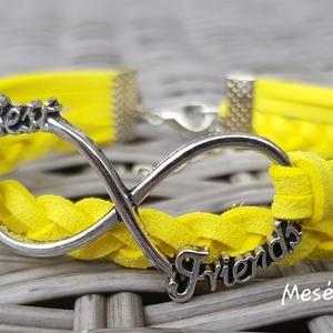 Best Friends vidám sárga karkötő, Fonott karkötő, Karkötő, Ékszer, Ékszerkészítés, Hasított bőr karkötő legjobb barátok felirattal, Meska