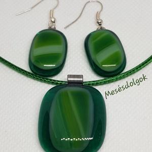 Mélyzöld màrványos üvegékszer szett, Ékszer, Ékszerszett, Fusing technikával készítettem mélyzöld fény hatására átlátszó alapon világosabb zöld árnyalataival ..., Meska