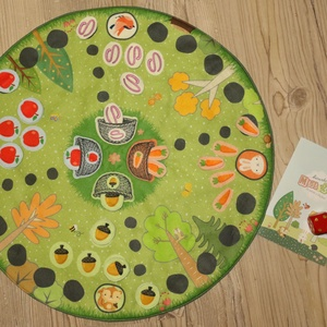 Ki nevet a végén? - társasjáték, Játék & Gyerek, Társasjáték & Puzzle, Varrás, Fotó, grafika, rajz, illusztráció, Mókus, madár, süni és nyuszi várja, hogy összegyűjtsd az elemózsiáikat. Gyűjtsd kosarukba, így bizto..., Meska