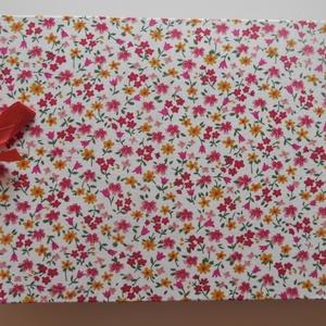 """KÁMA fényképalbumok \""""Piros-sárga apró virágos A vagy/és C\"""", Album & Fotóalbum, Papír írószer, Otthon & Lakás, Könyvkötés, Vászon kötésű fényképalbum dekoratív fém sarkokkal, színes szalaggal átkötve,\nA. 24 db 9×13-as  mére..., Meska"""
